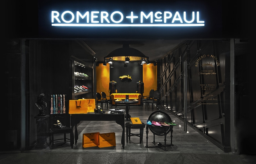 01_Romero+McPaul_Exterior_Signage_Anagrama_BPO